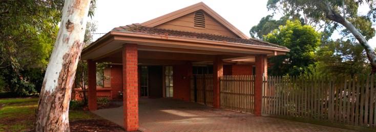 caloola house entrance